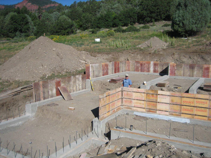 Foundation wall forming